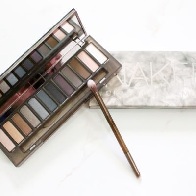 Urban Decay Naked Smoky Review and Giveaway