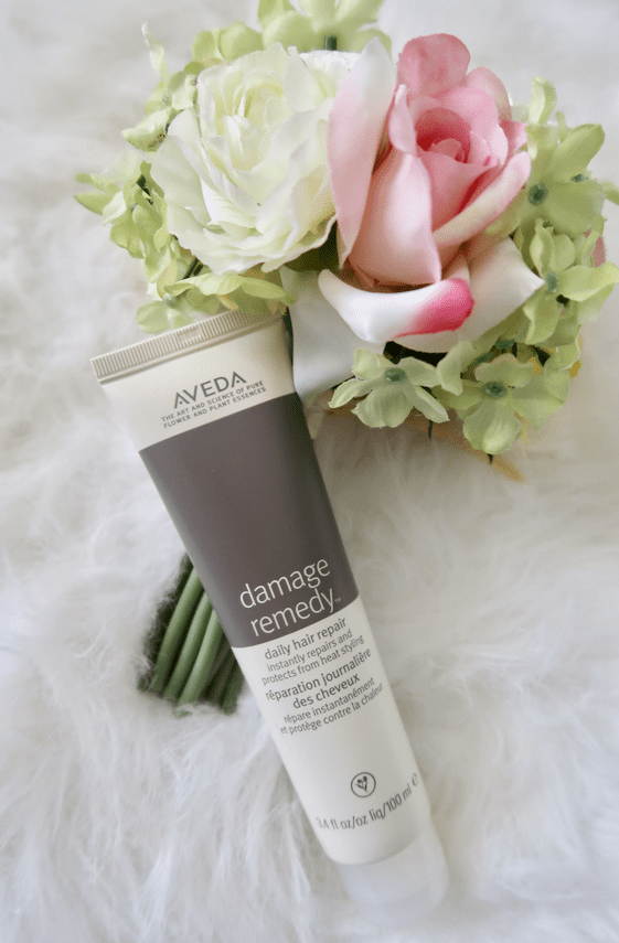 My Favorite Aveda Hair Products | The best hair products to fight frizz, smooth strands and keep hair in place! | www.simplystine.com