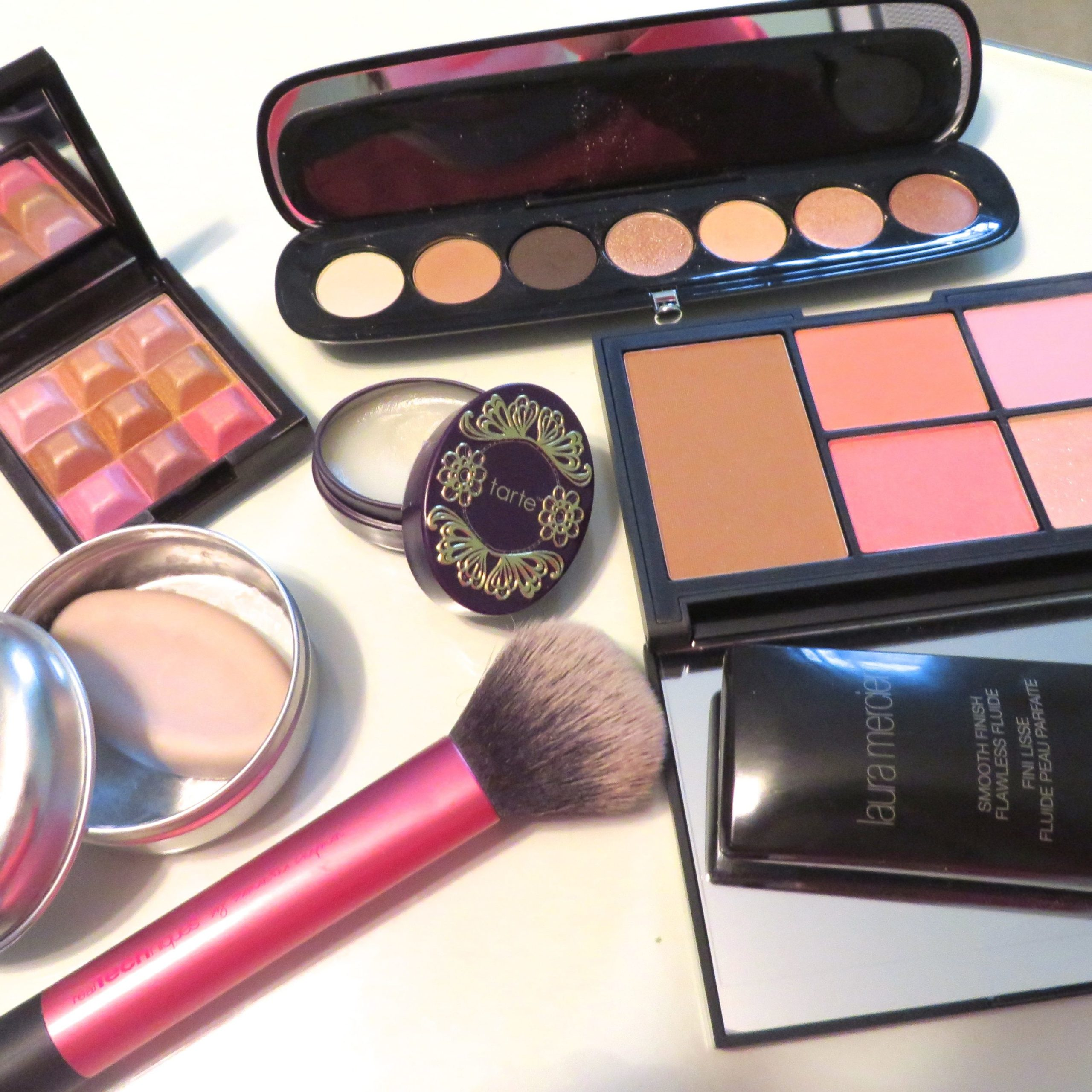 November Beauty Favorites (and Giveaway)