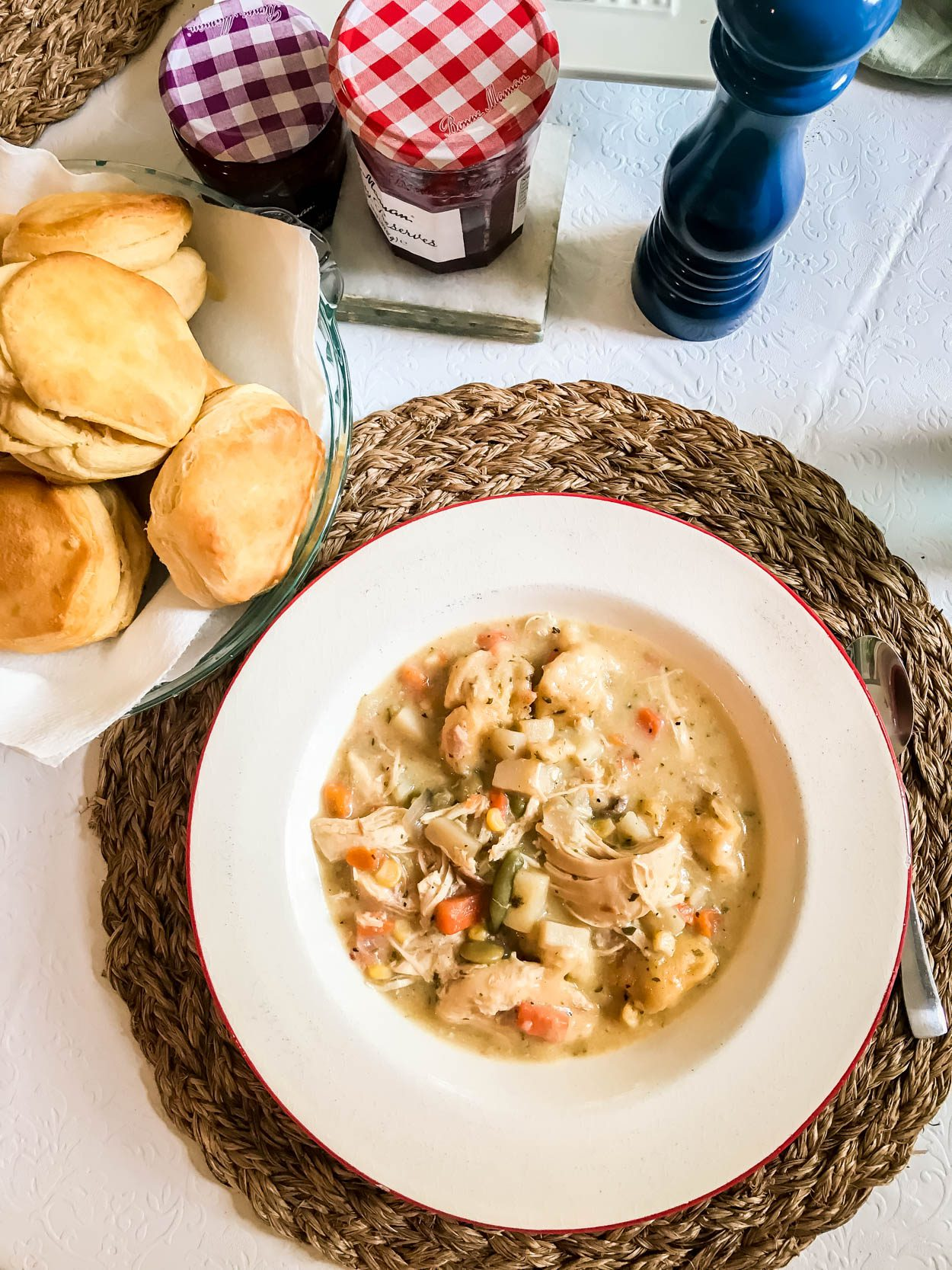 Easy Crock Pot Chicken and Dumplings Recipe