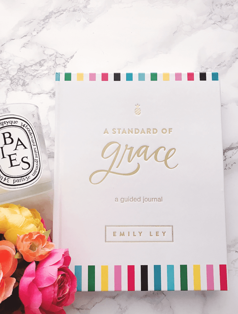 Emily Ley A Standard of Grace: A Journal: Mother's Day Gift
